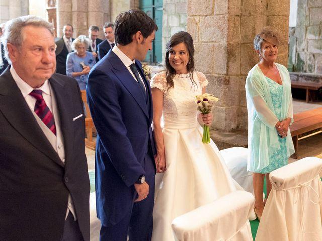 La boda de Albert y Isabel en Santiago De Compostela, A Coruña 17