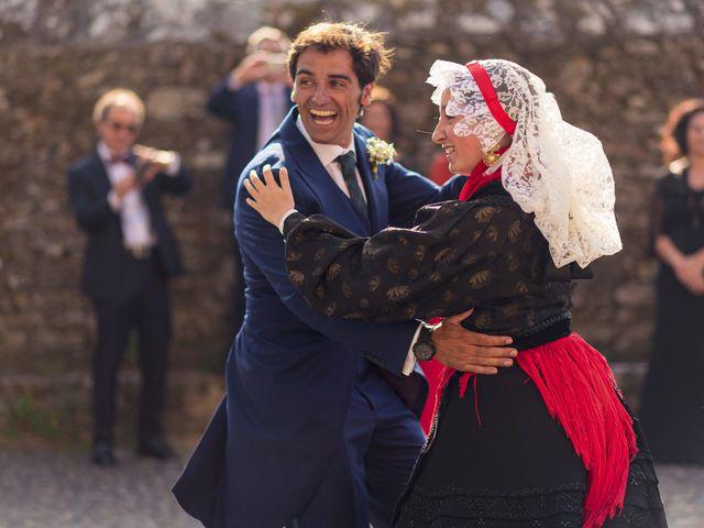 La boda de Albert y Isabel en Santiago De Compostela, A Coruña 22