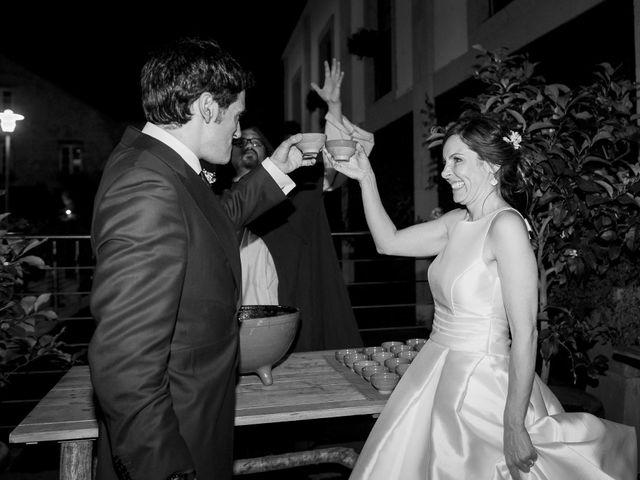 La boda de Albert y Isabel en Santiago De Compostela, A Coruña 35