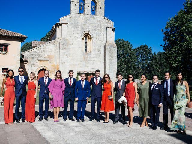 La boda de Gonzalo y Alicia en Olmos De Ojeda, Palencia 29
