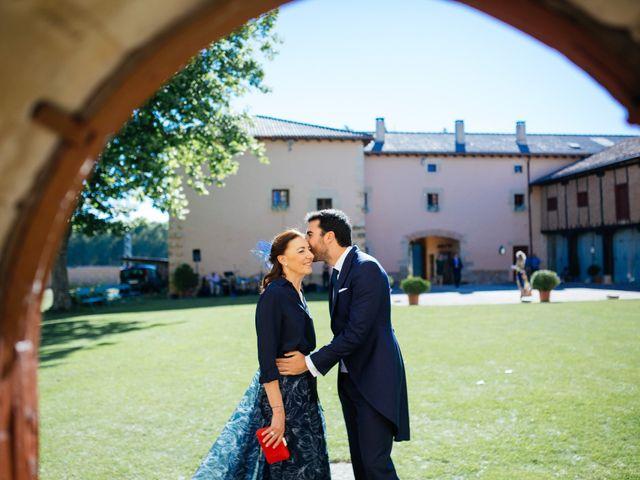 La boda de Gonzalo y Alicia en Olmos De Ojeda, Palencia 41