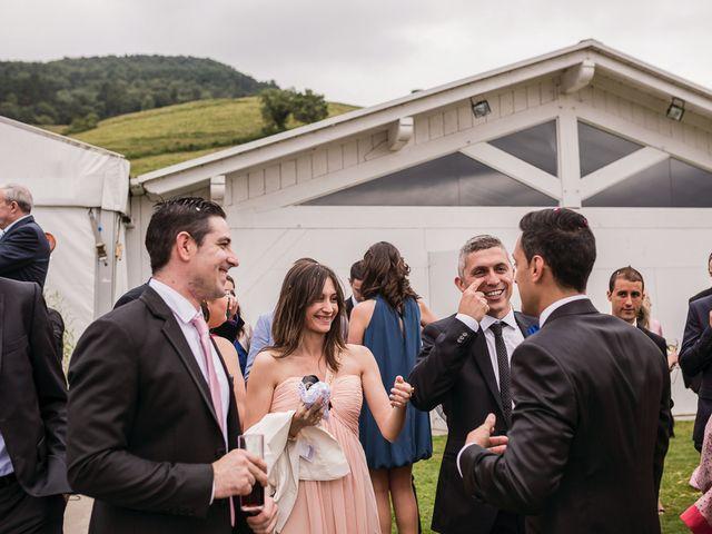 La boda de Miguel y Natalia en Quejana, Álava 25