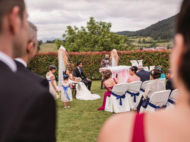 La boda de Miguel y Natalia en Quejana, Álava 36