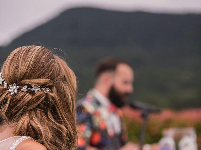 La boda de Miguel y Natalia en Quejana, Álava 37