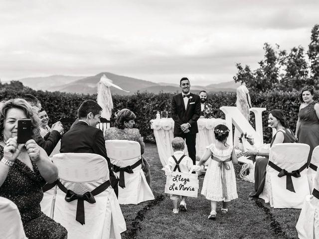 La boda de Miguel y Natalia en Quejana, Álava 40