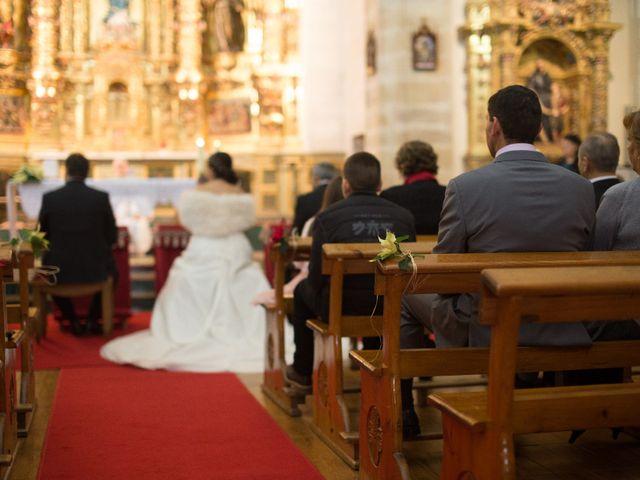 La boda de Pascual y Marian en Villacarriedo, Cantabria 14