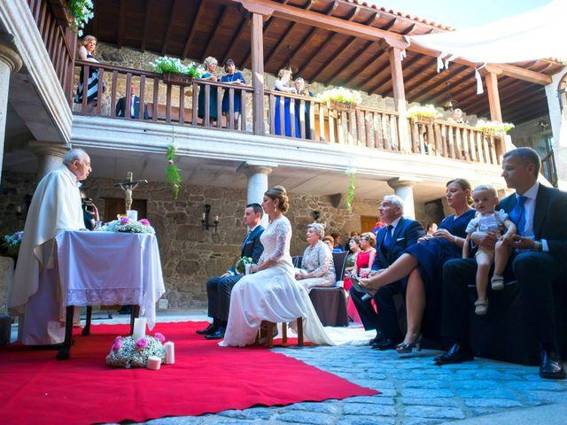 La boda de Manuel y María en Chantada (Casco Urbano), Lugo 43