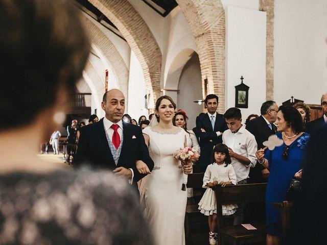 La boda de Edu y Marimar en Ballesteros De Calatrava, Ciudad Real 26