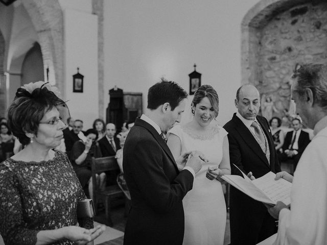 La boda de Edu y Marimar en Ballesteros De Calatrava, Ciudad Real 28