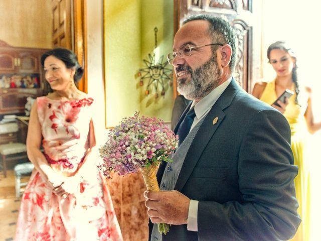 La boda de Isidro y Paloma en Moral De Calatrava, Ciudad Real 17
