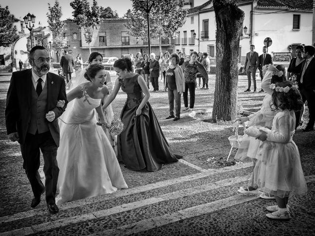 La boda de Isidro y Paloma en Moral De Calatrava, Ciudad Real 20
