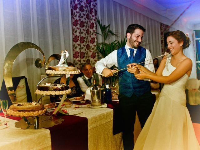 La boda de Isidro y Paloma en Moral De Calatrava, Ciudad Real 30