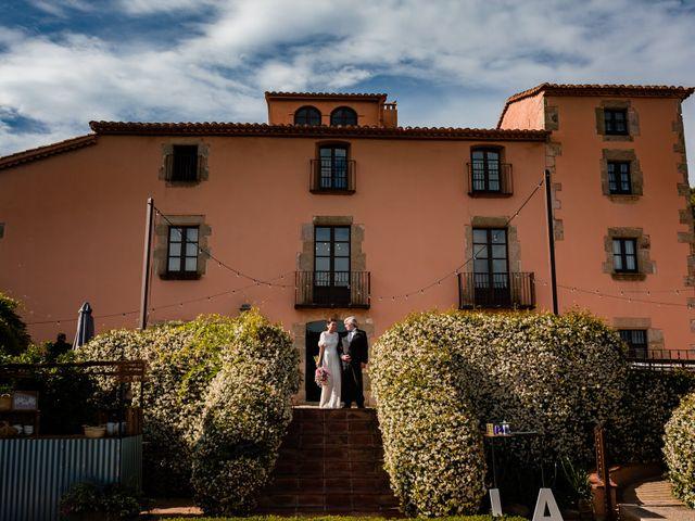 La boda de Alex y Lara en Sant Vicenç De Montalt, Barcelona 25