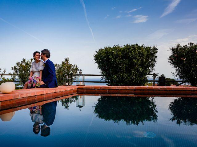 La boda de Alex y Lara en Sant Vicenç De Montalt, Barcelona 26