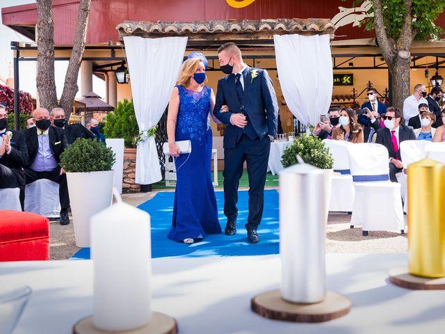 La boda de Natalia y Javier en Valdepeñas, Ciudad Real 12
