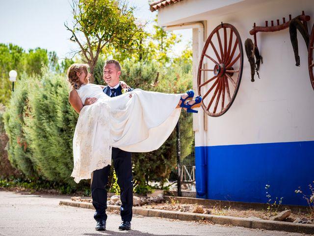 La boda de Natalia y Javier en Valdepeñas, Ciudad Real 27