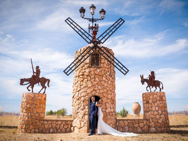 La boda de Natalia y Javier en Valdepeñas, Ciudad Real 29