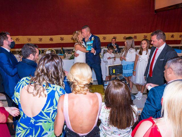 La boda de Natalia y Javier en Valdepeñas, Ciudad Real 42