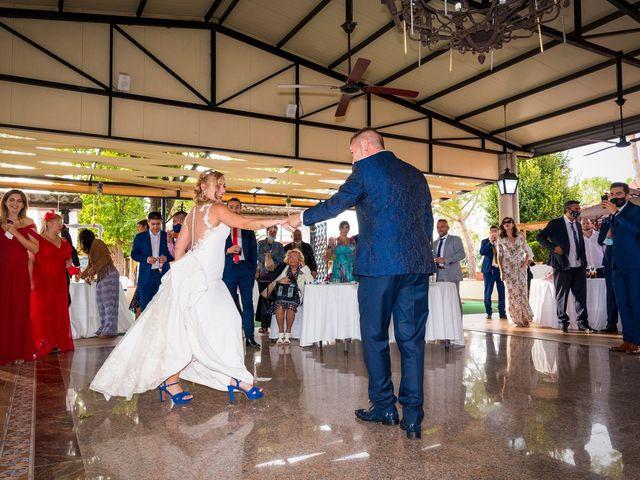La boda de Natalia y Javier en Valdepeñas, Ciudad Real 44