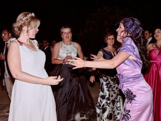 La boda de Daniel y Ana en Alcala De Guadaira, Sevilla 133