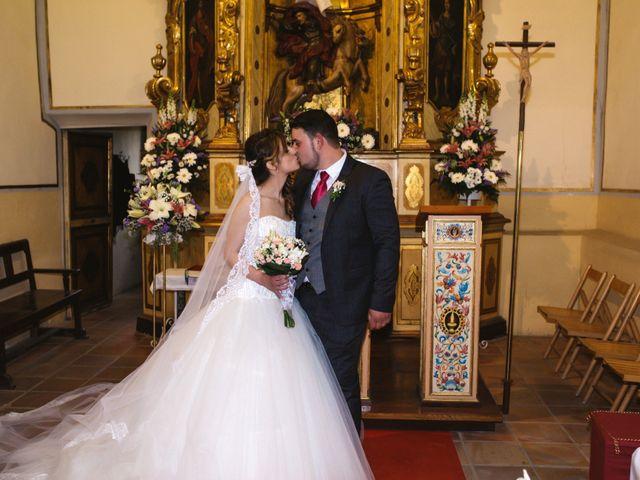La boda de Ángel y Lorena en Castelló/castellón De La Plana, Castellón 36