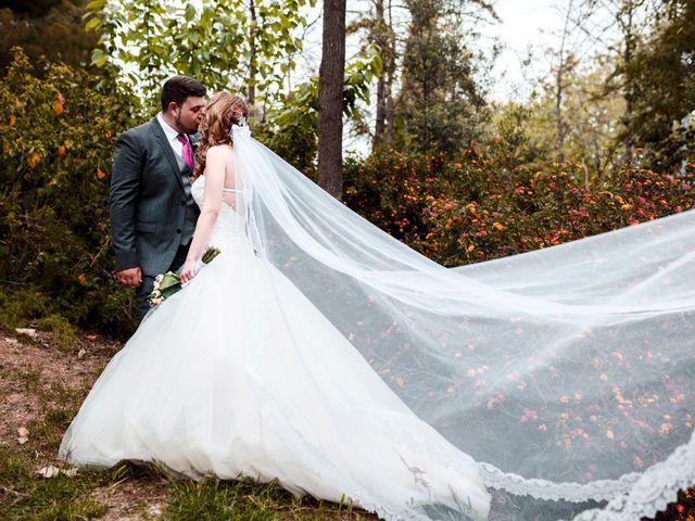 La boda de Ángel y Lorena en Castelló/castellón De La Plana, Castellón 43