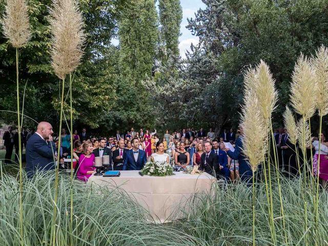 La boda de Diego y Alba en Madrid, Madrid 28