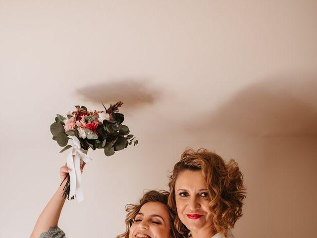 La boda de Javi y Esther en Valdastillas, Cáceres 13