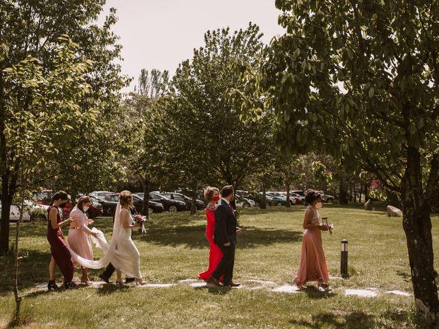 La boda de Javi y Esther en Valdastillas, Cáceres 18