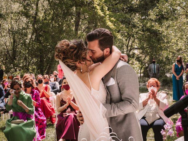 La boda de Javi y Esther en Valdastillas, Cáceres 27