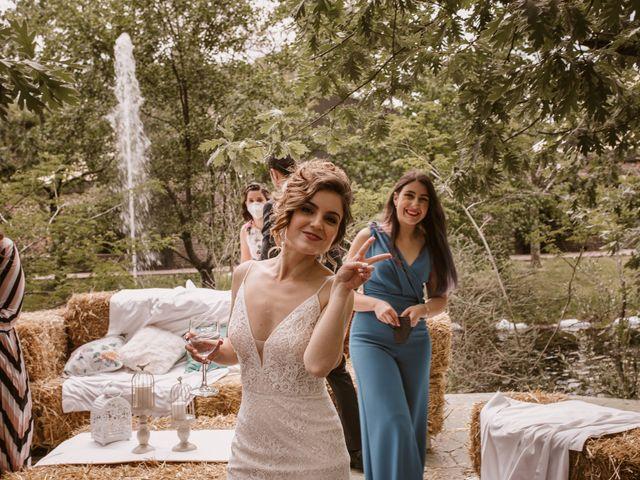 La boda de Javi y Esther en Valdastillas, Cáceres 32