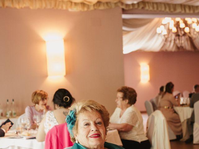 La boda de Javi y Esther en Valdastillas, Cáceres 37