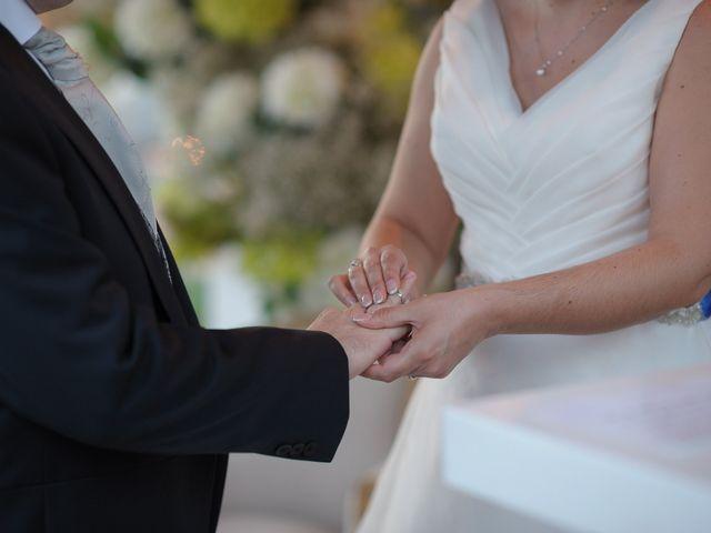 La boda de Juan y Mª Isabel en Torre Del Mar, Málaga 14