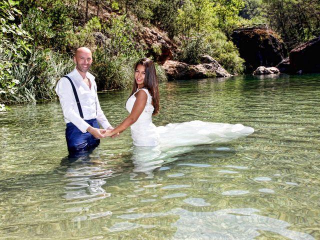 La boda de Manuel y May en Jaén, Jaén 19