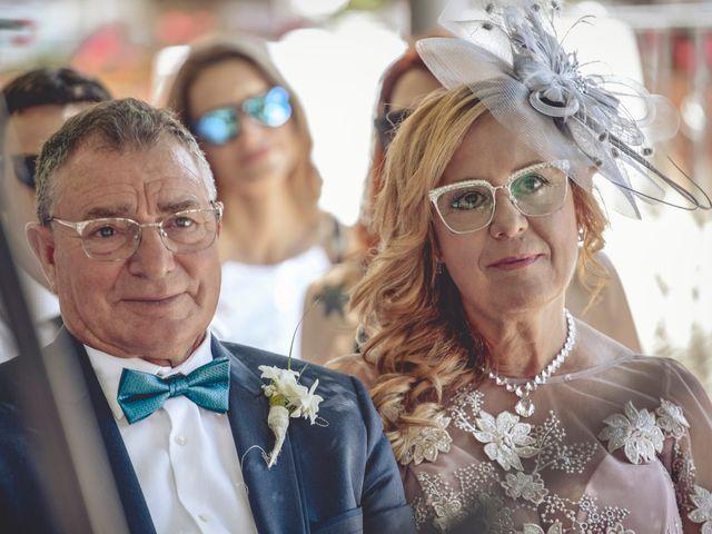 La boda de Cristina y Raúl en Crevillente, Alicante 19