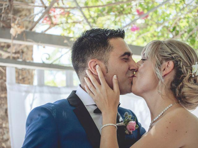 La boda de Cristina y Raúl en Crevillente, Alicante 23
