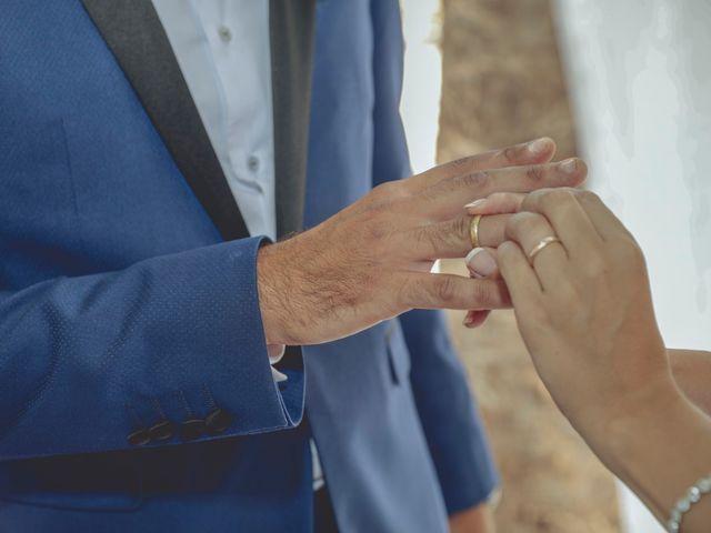 La boda de Cristina y Raúl en Crevillente, Alicante 24