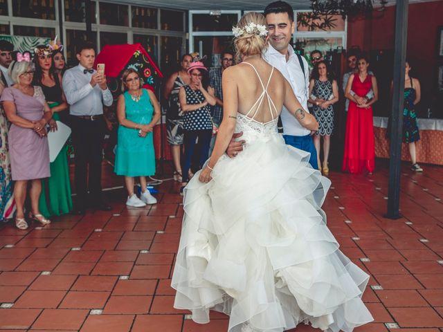 La boda de Cristina y Raúl en Crevillente, Alicante 34