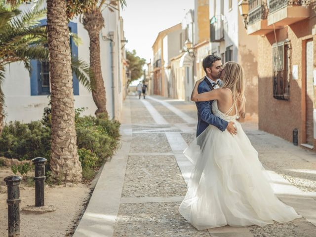 La boda de Cristina y Raúl en Crevillente, Alicante 49
