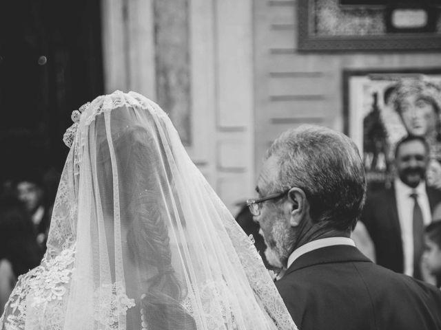 La boda de Abraham y Rocío en Sevilla, Sevilla 70
