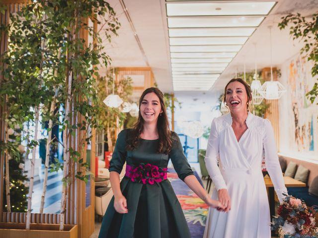 La boda de Victor y Noemí en Torrelodones, Madrid 120