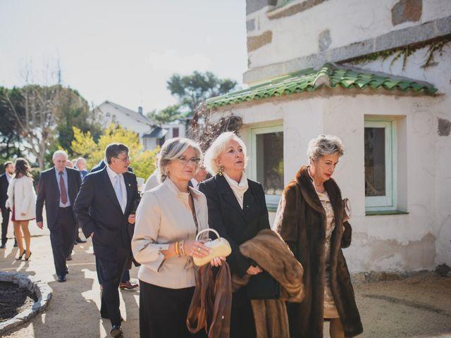 La boda de Victor y Noemí en Torrelodones, Madrid 159