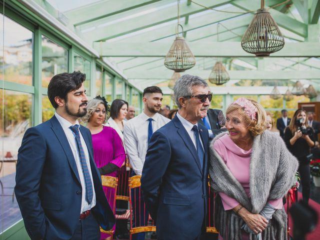 La boda de Victor y Noemí en Torrelodones, Madrid 210