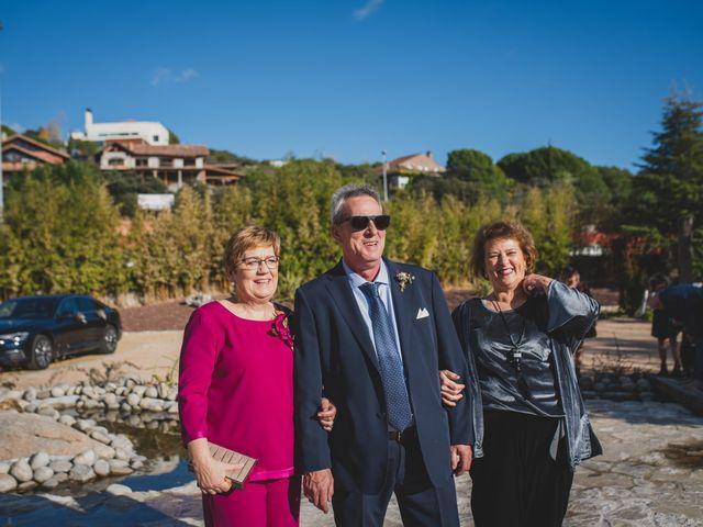 La boda de Victor y Noemí en Torrelodones, Madrid 321