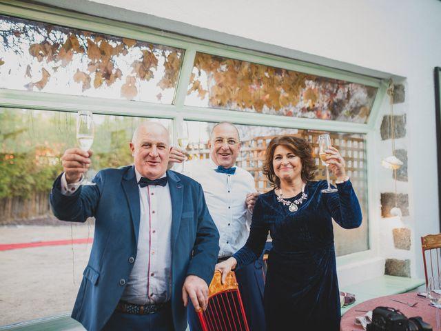 La boda de Victor y Noemí en Torrelodones, Madrid 343