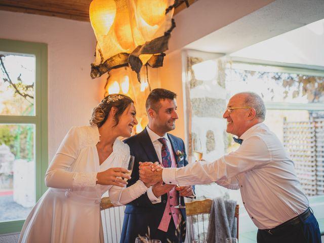 La boda de Victor y Noemí en Torrelodones, Madrid 345