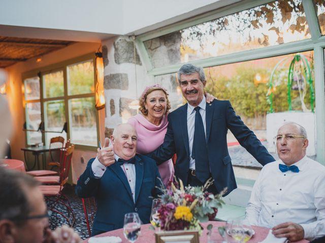 La boda de Victor y Noemí en Torrelodones, Madrid 377