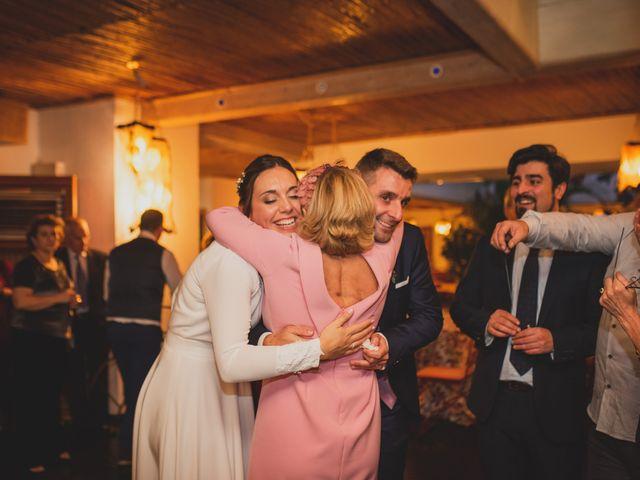 La boda de Victor y Noemí en Torrelodones, Madrid 392