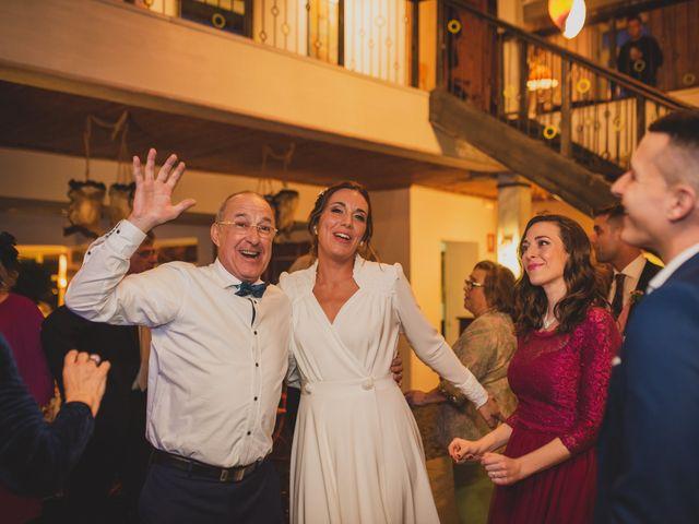 La boda de Victor y Noemí en Torrelodones, Madrid 422