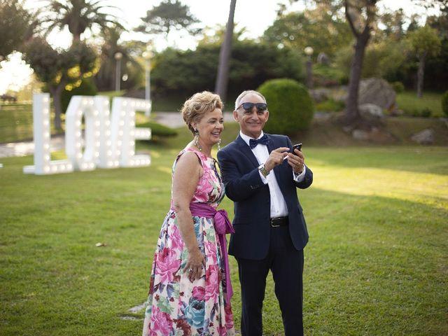 La boda de Alber y San en O Grove (Resto Parroquia), Pontevedra 39